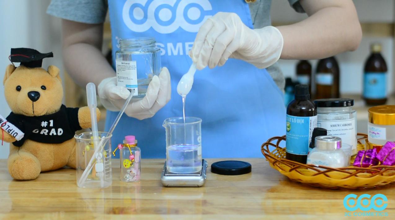 2.2Công thức làm Gel dưỡng da với nền Sodium Carbomer