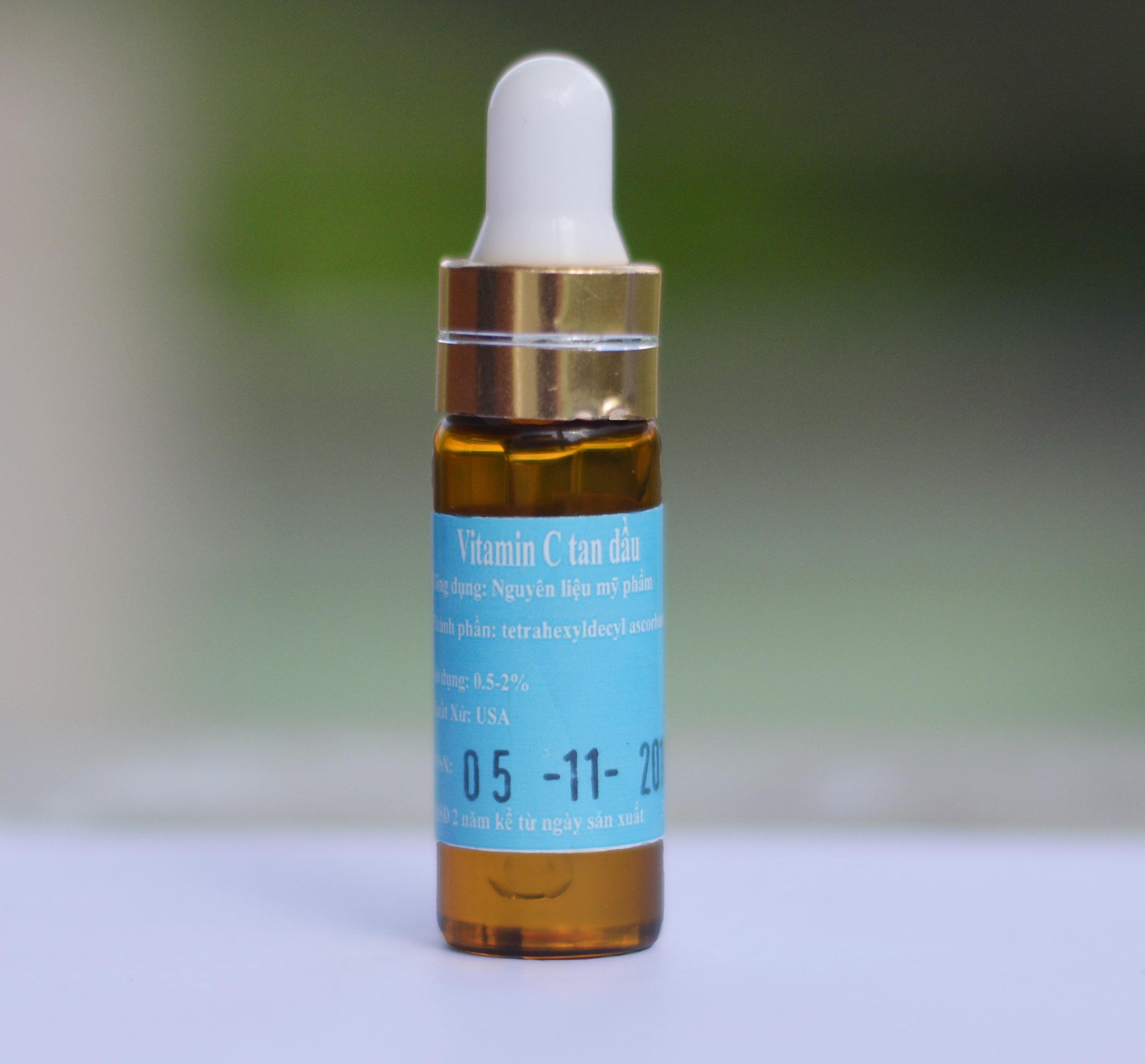vitamin c tan dầu