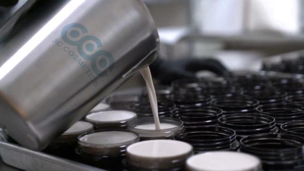 dây chuyền sản xuất kem ủ tóc