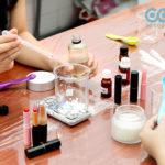 Học làm mỹ phẩm handmade nghề tay trái hái ra tiền
