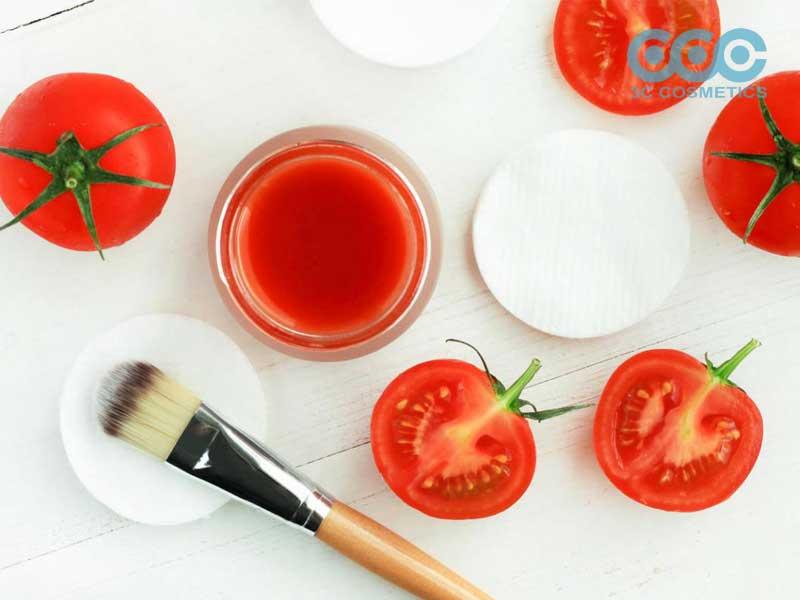 chống nắng bằng quả cà chua