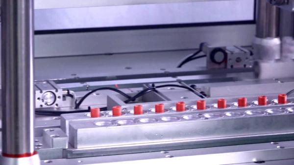 công ty sản xuất son bóng