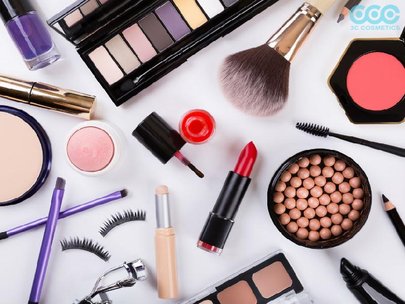 5 hóa chất trong mỹ phẩm bạn nên lưu ý