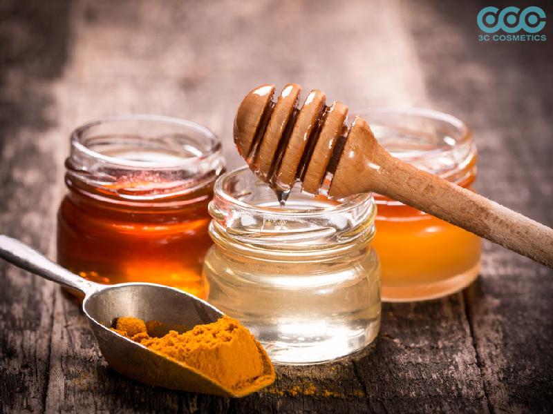 làm đẹp da từ mật ong với bột nghệ