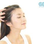 Không nên nhầm lẫn giữa gàu và khô da đầu