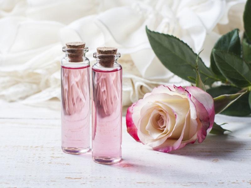 Cách làm Toner hoa hồng