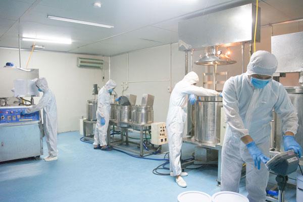 Nhà máy sản xuất mặt nạ thải độc 3C
