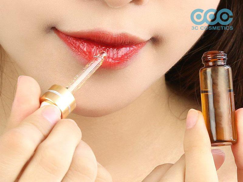 cách trị thâm môi hiệu quả nhờ những ưu điểm của serum dưỡng môi mang lại cho bạn đôi môi hồng