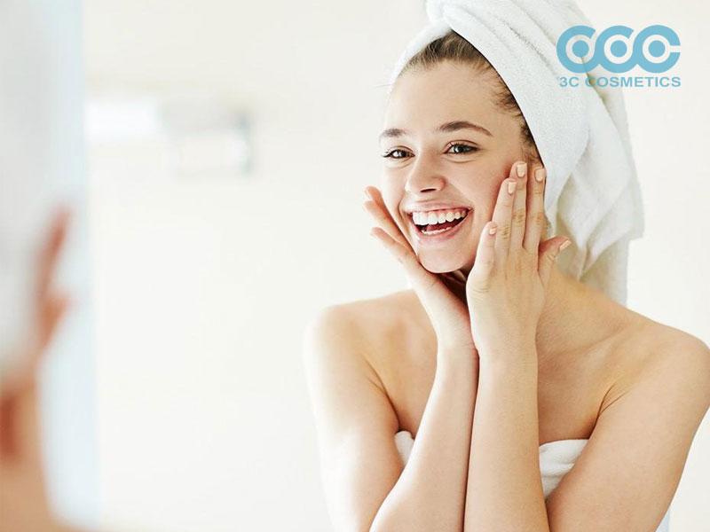 tẩy tế bào chết trước hay sau rửa mặt là tốt cho làn da