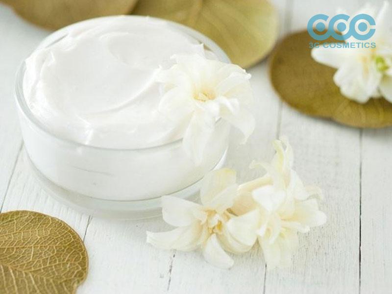 Lựa chọn kem dưỡng ẩm phù hợp với làn da