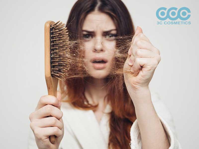 cách chữ rụng tóc đơn giản và hiệu quả tại nhà