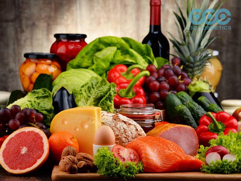 chế độ ăn uống đó là một cách tự nhiên có được làn da căng bóng