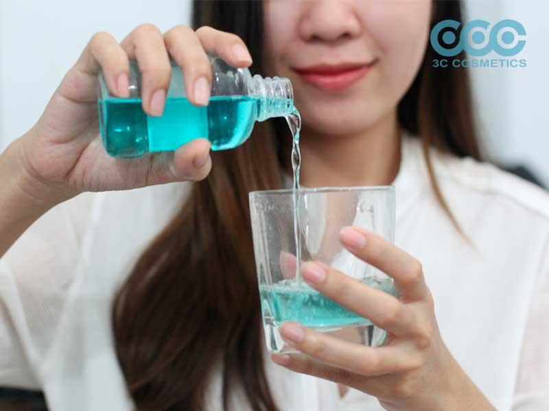nước súc miệng chữa nhiệt miệng