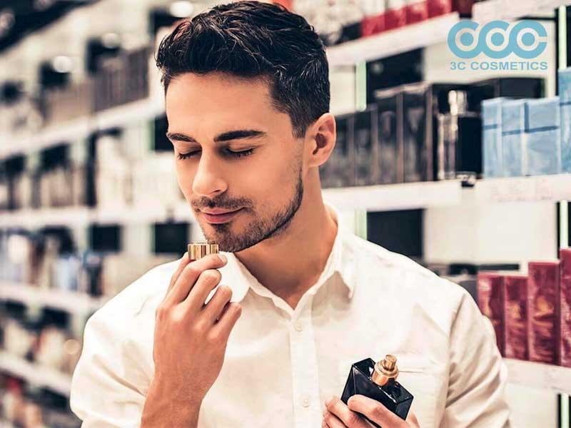 Khử mùi cơ thể cho nam giới